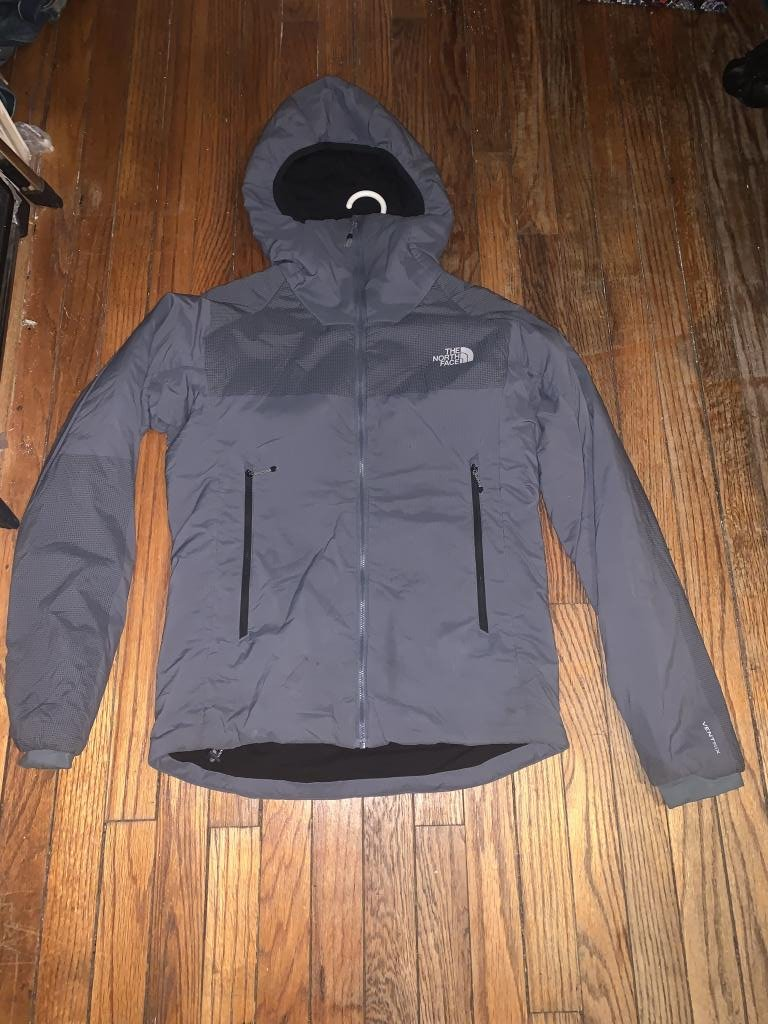 TNF Men's summit L3 ventrix hoodie sz small Grey
