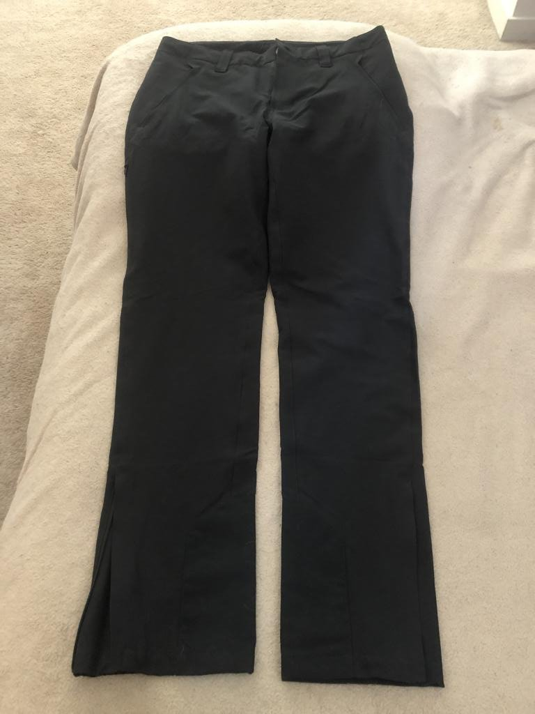 Patagonia Women's Black Crestview Hiking Pants size 10/Medium