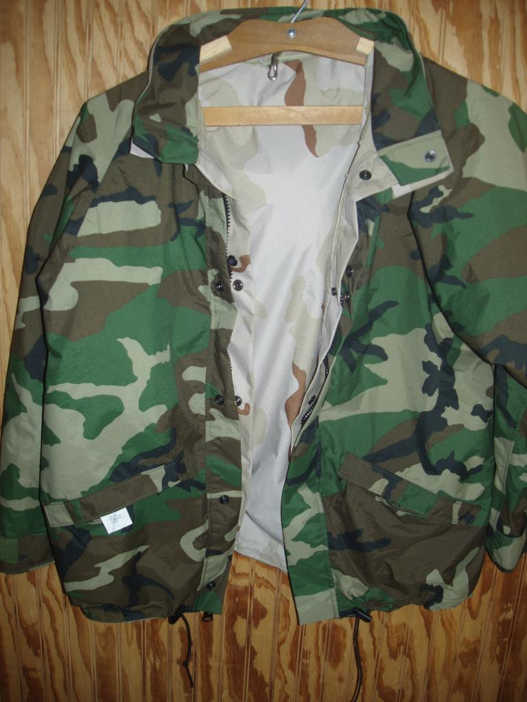 US ARMY Goretex Outer Shell Size Large(NATO to Desert Camo)