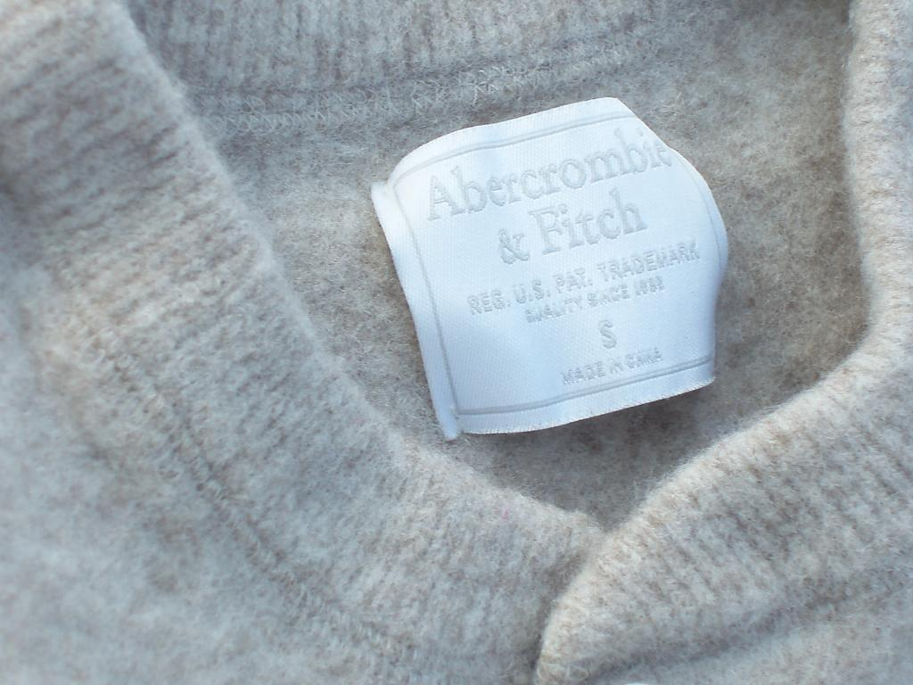 Abercrombie & Fitch Sweater Size Small Wool & Yak