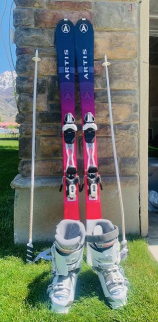 Women's Full Ski Set Up (skis, poles, and boots)