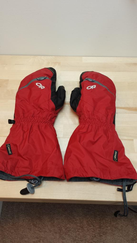 Outdoor Research Alti Mittens (Men's, Medium, Like-New!)