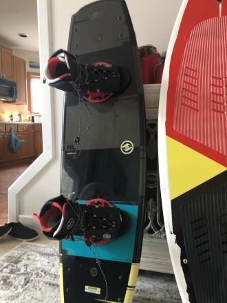 Hyperlite 42 franchise board with boots