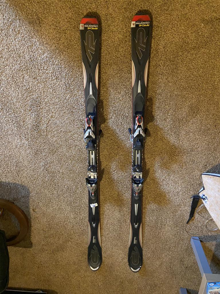 Used 174cm K2 Apache Crossfire Skis with Mod 12.0 bindings