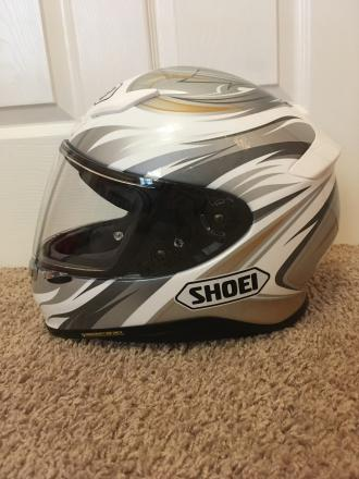 Shoei RF-1200 Incision Motorcycle Helmet Size Small