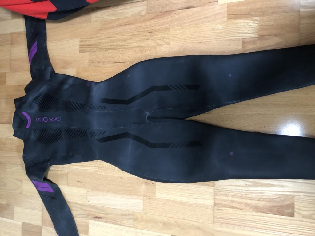 NEW WITH TAGS Women's ROKA Maverik Tri Wet Suit Large
