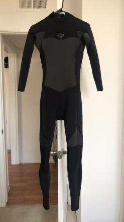 Roxy Wet Suit