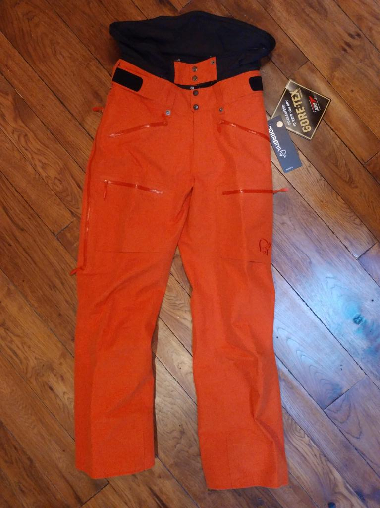 Norrona Roldal Gore-Tex Pants Waterproof/not insulated -Womens M - NEW