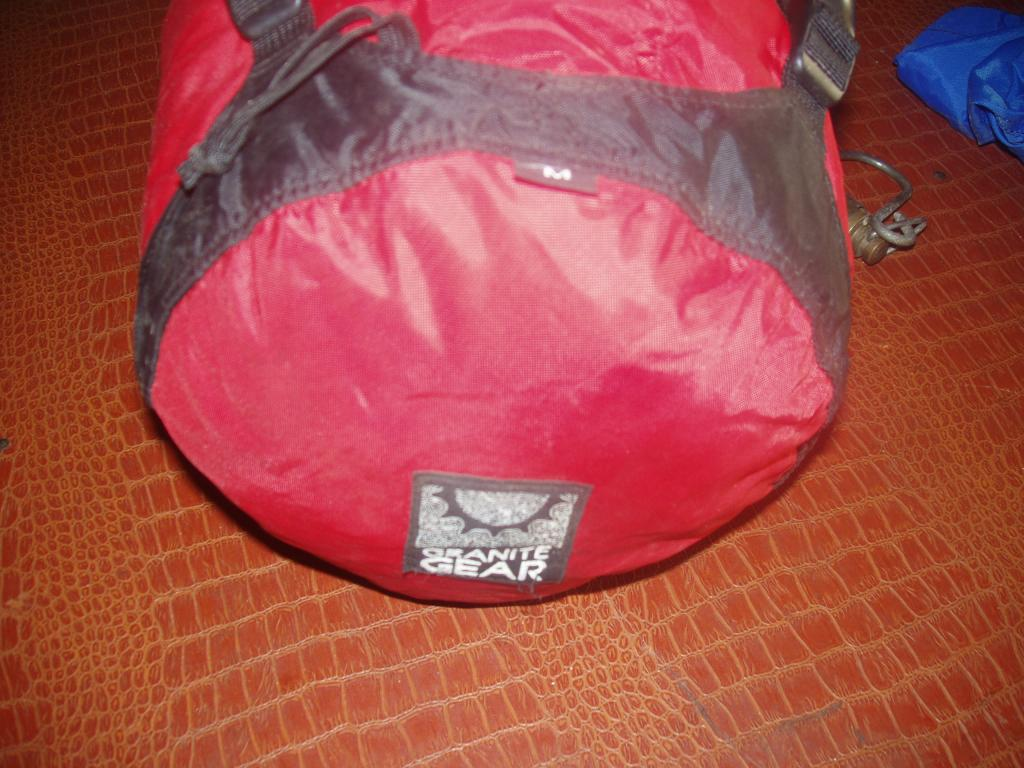 Granite Gear SQUARE compression stuff sack SIZE MEDIUM