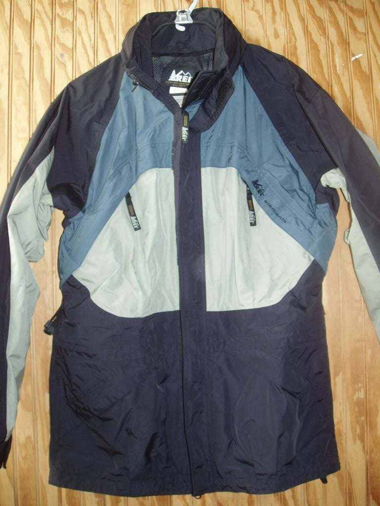 REI   ELEMENTS Mens MEDIUM