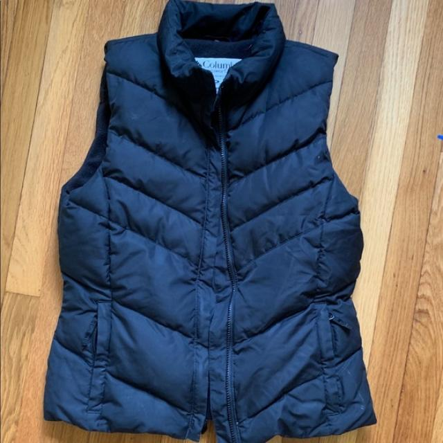 Columbia black M Puffy Down Vest