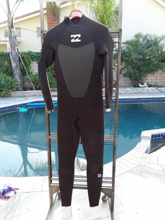 Billabong size MT Hollow Fiber Absolute Comp 4/3 Wetsuit