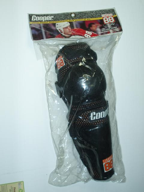 Hockey Knee Shin Protector Guards Junior Sz LINDROS 88 Street Hockey
