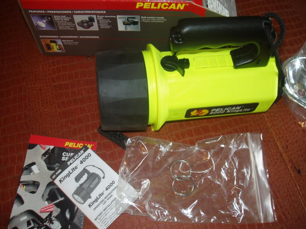 PELICAN 4000 KINGLITE  BRAND NEW