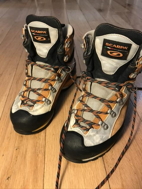Scarpa Triolet Pro GTX mountaineering boots
