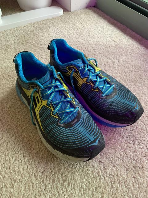 Barely used Men's Hoka Gaviota running shoes (10.5)