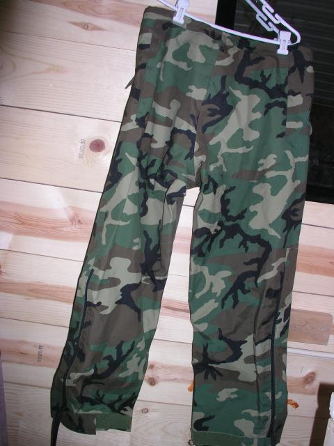 US Army Camo GoreTex Rain Pants size Medium Regular