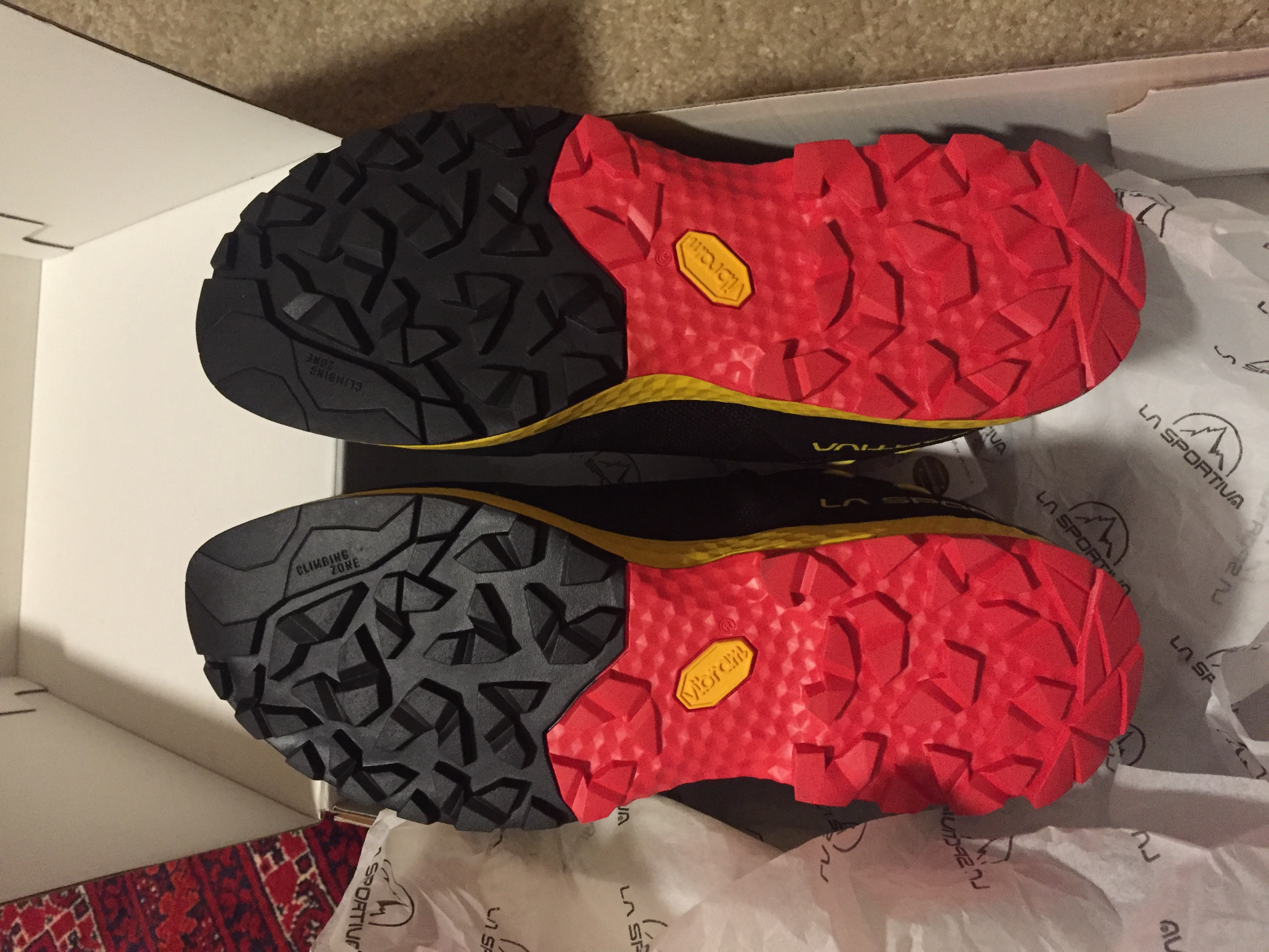 La Sportiva TX Guide - new in box/with tags