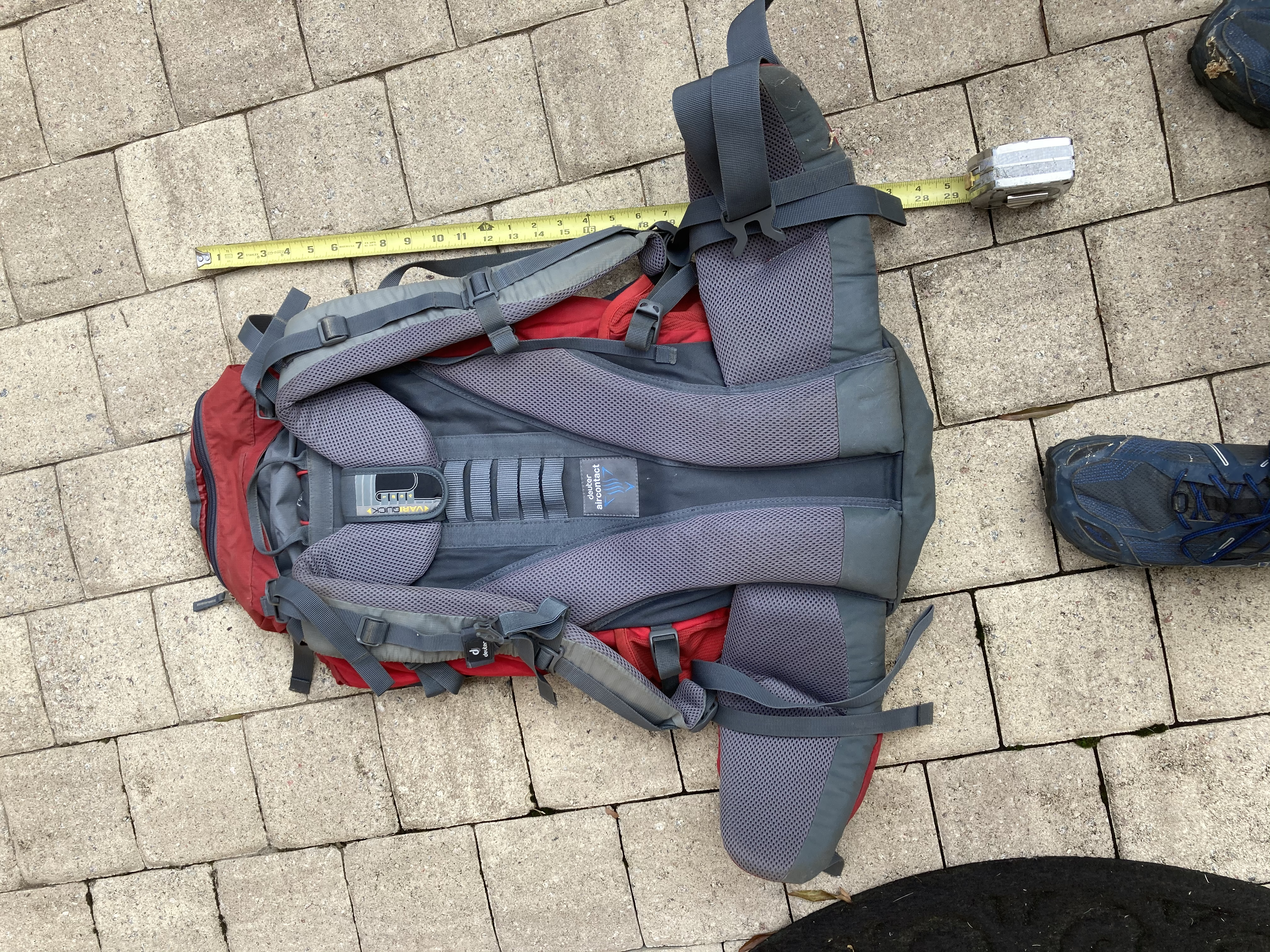 Deuter ACT 40+10 good condition used about a dozen times.