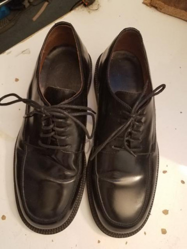 GQ Dress Shoes by Banana Republic 8.5 Cowhide leather