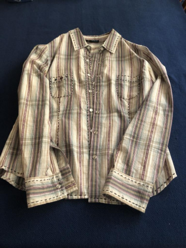 Kuhl Women's Western Snap shirt medium