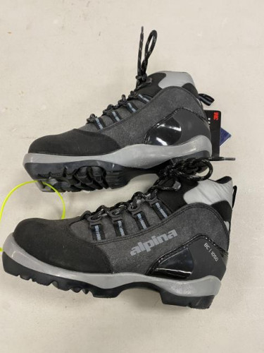 BRAND NEW Alpina BC 1050 BC Cross Country ski boot Size# 37