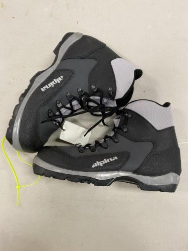 BRAND NEW Alpina BC Cross Country Ski Boot Size# 42