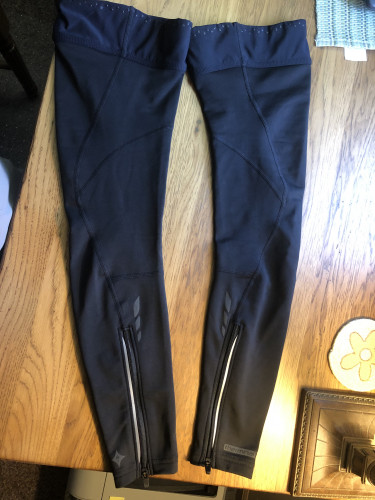 Specialized Therminal Womens 2.0 leg warmers size Small