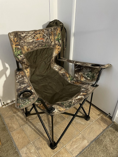 Excellent Condition ALPS OutdoorZ King Kong Chair