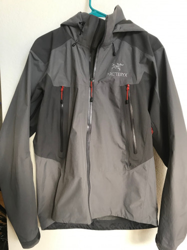 Arc'teryx Beta LT Hybrid rain jacket
