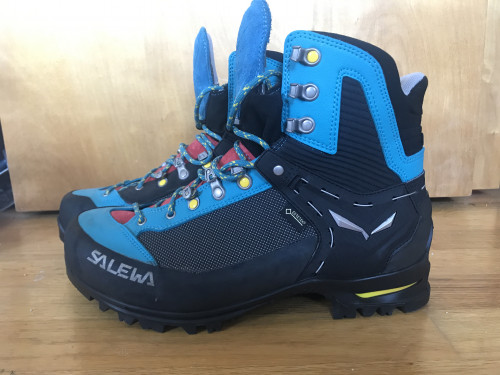 Salewa Raven 2 GTX - New! - mountaineering boots - size 9.5 41