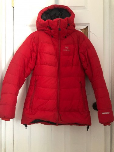 W's Arc'teryx Ceres SV Parka, sz M, 850 fill down & Windstopper