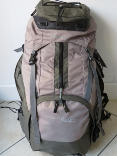 60L Quechua Forclaz Symbium 60L Backpack- Excellent Condition