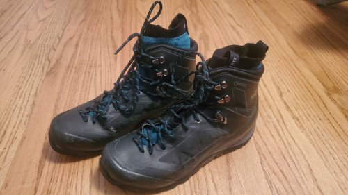 Arc'teryx Bora Mid GTX Backpacking Boot - Women's Size 8