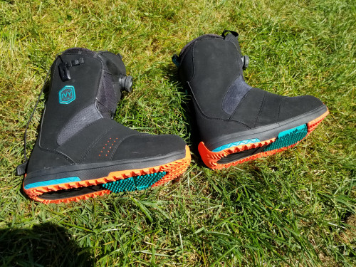 Womens salomon ivy snowboard boot