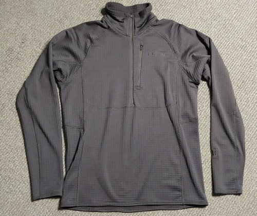 Patagonia mens R1 Fleece 1/2 zip pull over M
