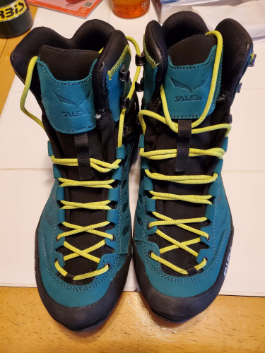 Salewa Rapace GTX W size 10 womens hiking moutnaineering   boots