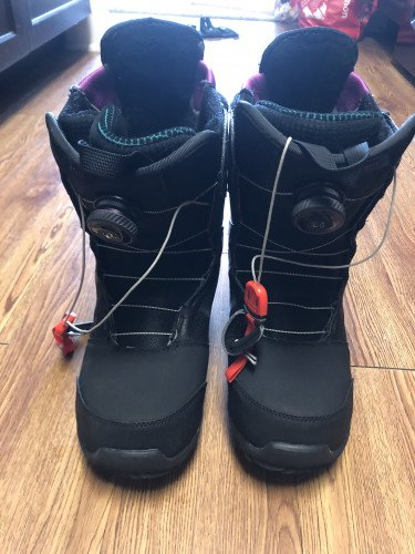 2018 Burton Felix Boa, Size 10, used one season