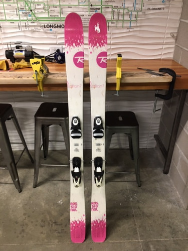 Women's Rossignol Saffron 7 with Rossignol Axis 12C Bindings