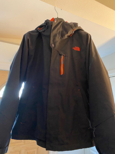 The North Face 3-in-1 Jacket (Medium)