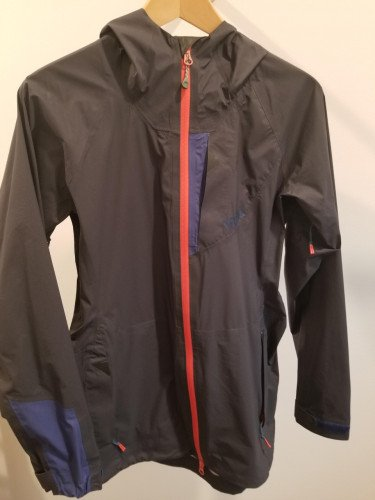 Like New Trew Bewild Rain Jacket Ultralight