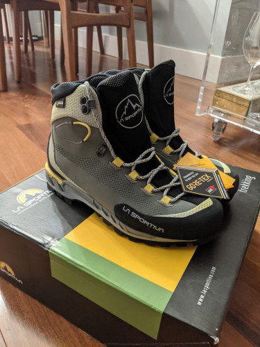 NWT: Women's La Sportiva Trango Tech Leather GTX, 39