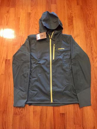 New with tags- Patagonia Levitation Hoody Jacket