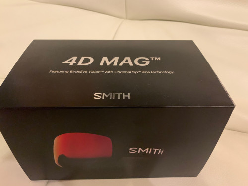 Smith 4D Mag Goggles with ChromaPop Photochromic Red Mirror.