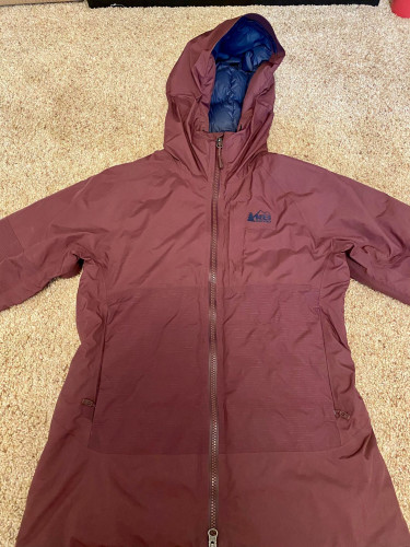 Stormhenge 850 Down Jacket in Purple (waterproof)