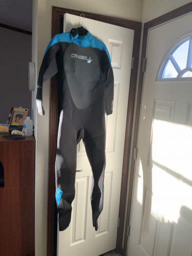 Wetsuit, men's size Large O'Neil Epic