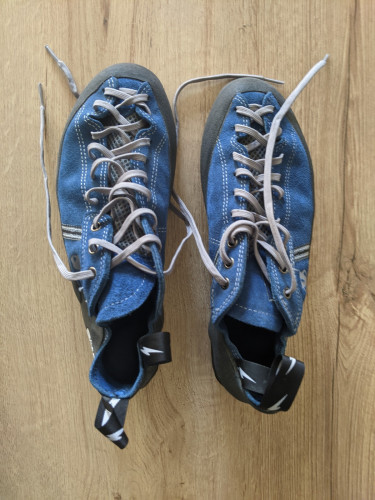 Evolv Trax VTR 3d climbing shoes size 11, never used