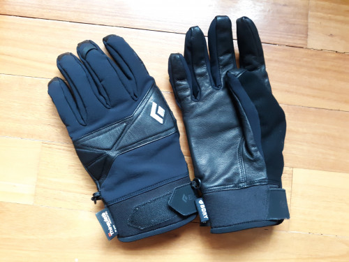 Gloves with BDRY waterproofing, 40 g Thinsulate, & leather palm