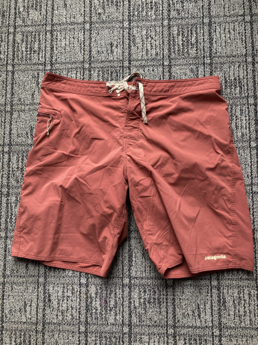 Patagonia Wavefarer Board Shorts - Men's 38 Waist