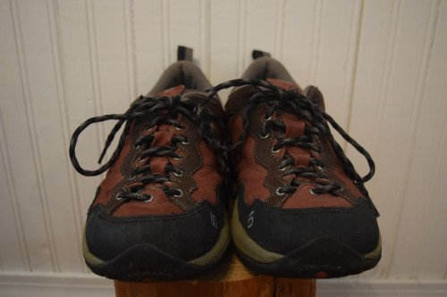 Five Ten Women's Camp Four Approach Shoes - Size 9, Wine